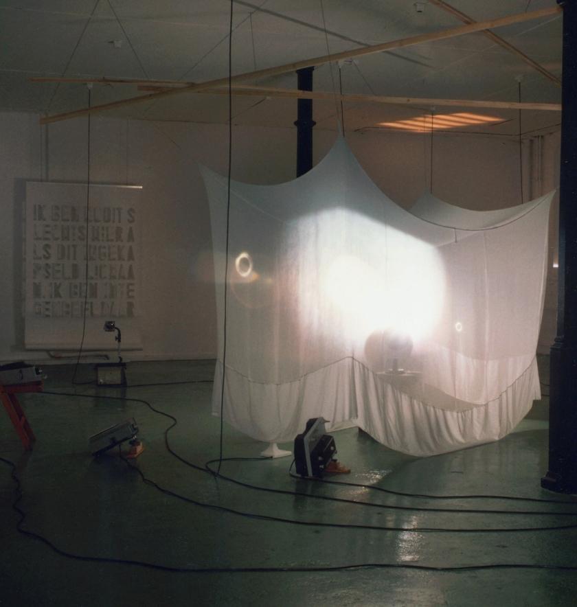Spatium et Extensio-2000-installation Lokaal01 NL